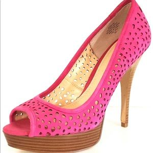 Enzo Angiolini sully hot pink suede size 7.5